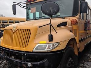 International CE Bus - Salvage 200099