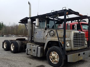 Ford LT9000 - Salvage FD-0530
