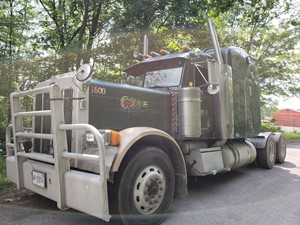 Peterbilt 379 - Salvage PT-0507