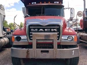 Mack CV713 Granite - Salvage MK-0450