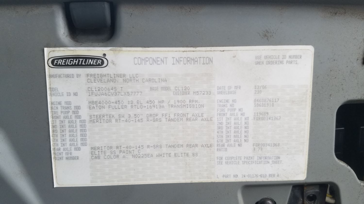 Media 3 for 2007 Freightliner COLUMBIA 120