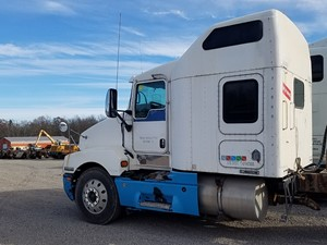 Kenworth T600 - Salvage KW-0526