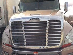 Freightliner Cascadia - Salvage FR-0433