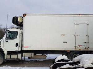 Freightliner M2 106 - Salvage FR-0557