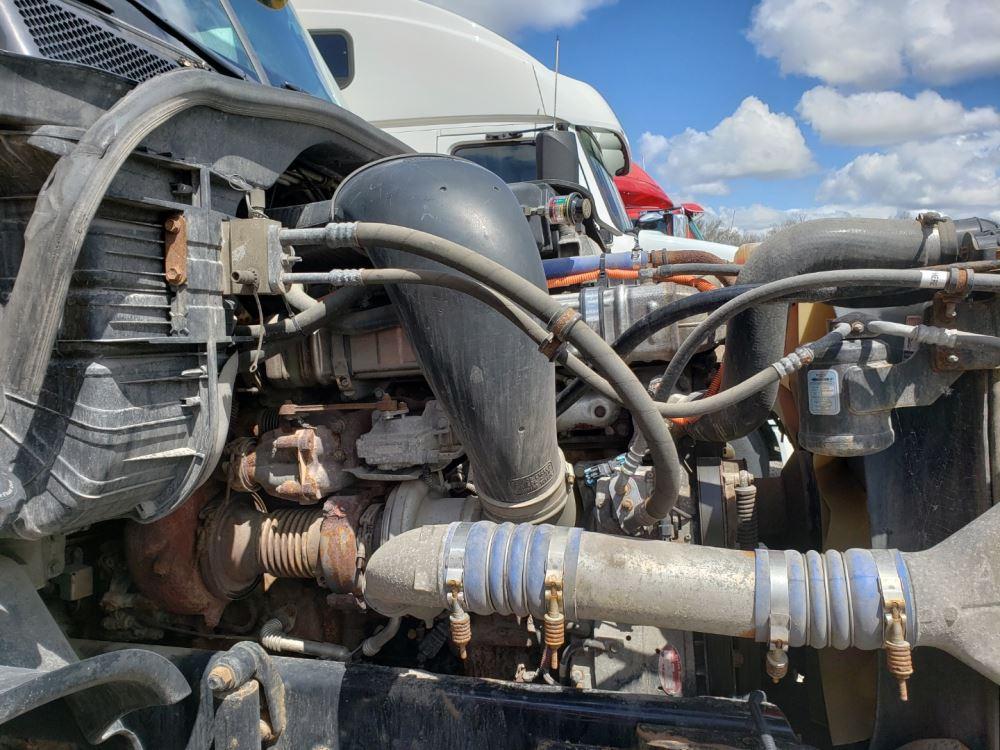 Media 5 for 2011 Freightliner Cascadia 125