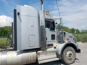 Kenworth T800 - Salvage KW-0504