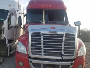 Freightliner Cascadia 125 - Salvage FR-0477