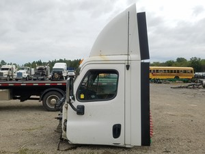 Freightliner Cascadia 125 - Salvage FR-0511