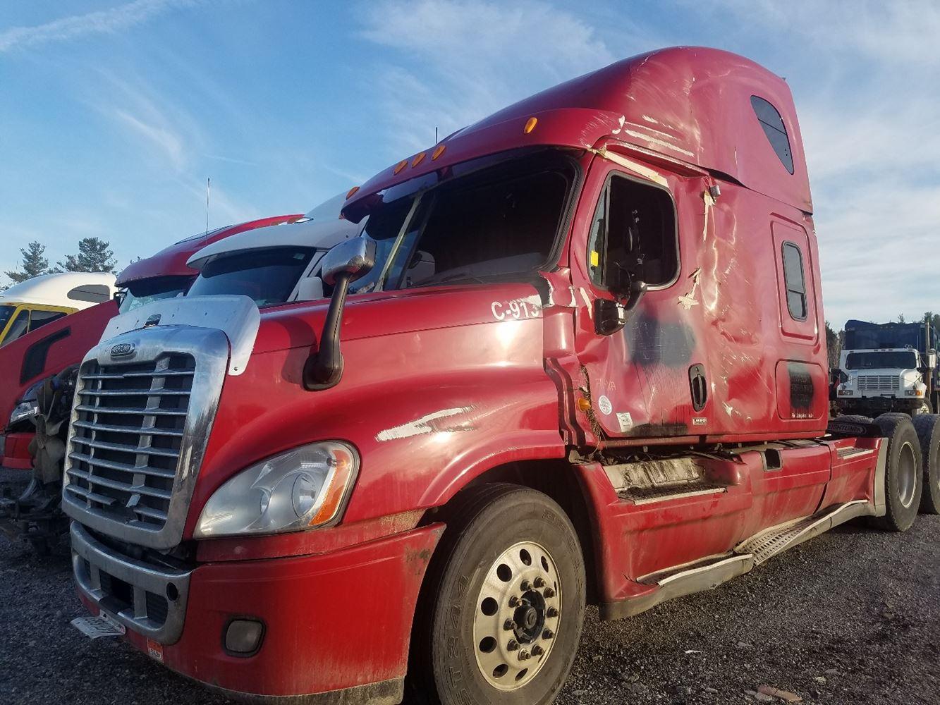 Media 2 for 2013 Freightliner Cascadia 125