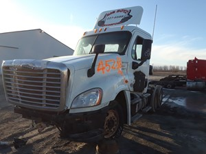 Freightliner Cascadia 125 - Salvage PTP-90