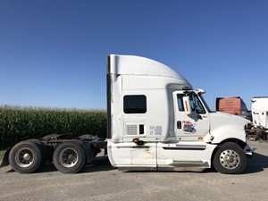 International PROSTAR - Salvage PTP-104