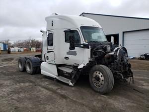 Kenworth T680 - Salvage PTP-125