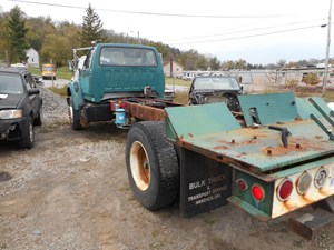 Ford F800 - Salvage SV-2