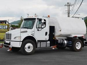 Freightliner M2 106 - Complete 24591