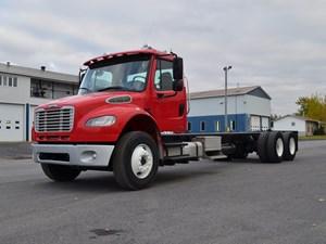 Freightliner M2 106 - Complete 24857