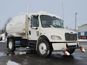 Freightliner M2 106 - Complete 24972