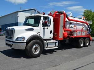 Freightliner M2 112 Medium Duty - Complete 24918