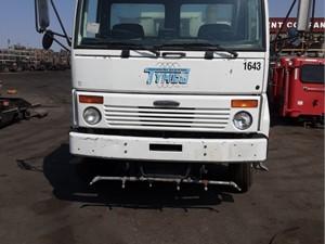 Freightliner FC80 Cargo - Salvage 851