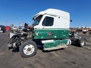 Freightliner Cascadia 125 - Salvage 798