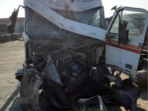 Freightliner COLUMBIA 120 - Salvage 834