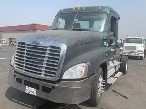 Freightliner Cascadia 125 - Salvage 669