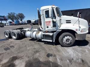 Mack CXU613 - Salvage 799
