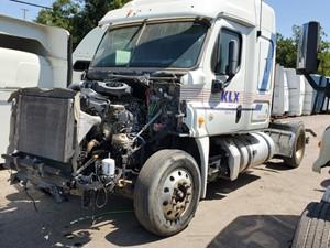 Freightliner Cascadia 125 - Salvage 751