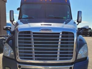 Freightliner Cascadia 125 - Salvage 714