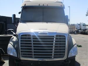 Freightliner Cascadia 125 - Salvage 745