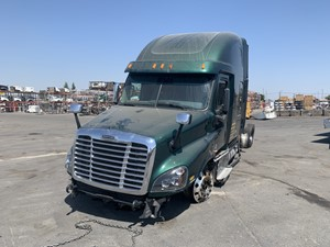 Freightliner Cascadia 125 - Salvage 652
