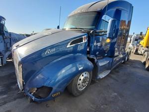 Kenworth T680 - Salvage 764