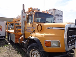 Ford LTS9000 - Salvage 1