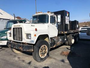 Mack RD690SX - Complete SV-20675