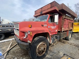 Ford F800 - Salvage F56270