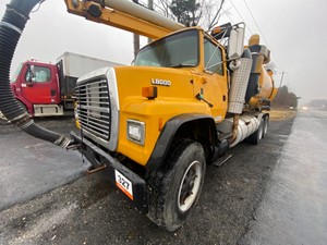 Ford LNT8000 - Salvage SV-22536