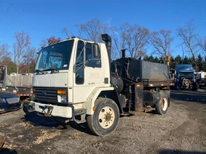 Ford CF8000 - Salvage F73024