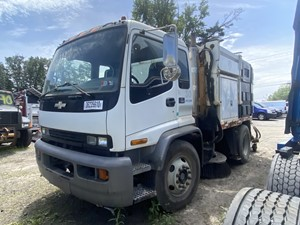 Chevrolet T7500 - Salvage F56381