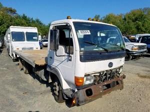 UD/Nissan UD1400 - Salvage F56135