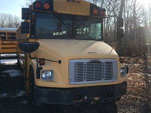 Freightliner FS65 Chassis - Salvage SV-236
