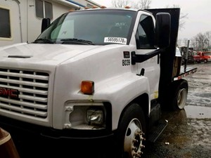 GMC C7500 - Salvage SV-6092