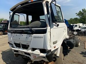 UD/Nissan UD2300 - Salvage F73480