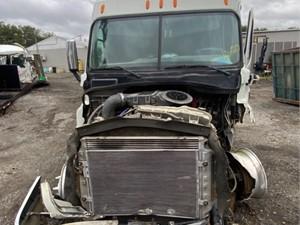 Freightliner Cascadia 125 - Salvage H84786