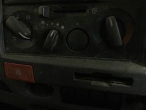 Isuzu NPR - Salvage SV-2361