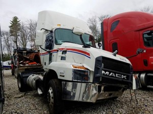 Mack Anthem - Salvage F56221