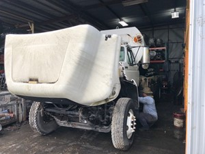 Ford F800 - Salvage SV-231