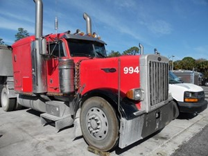 Peterbilt 379 - Salvage SV-138