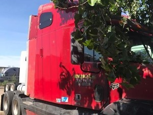Freightliner ST120 - Salvage SV-190 ONE STOP PARTS