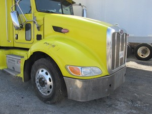 Peterbilt 386 - Salvage SV-181 ONE STOP PARTS