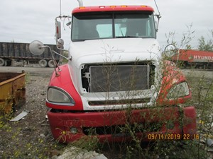 Freightliner COLUMBIA 120 - Salvage COL-4063