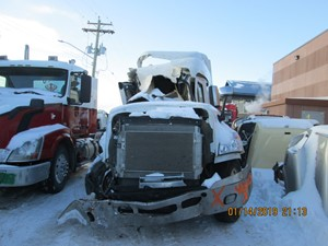 Freightliner Cascadia 125 - Salvage CAS-8761